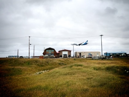 Alaska Airlines landing in Barrow